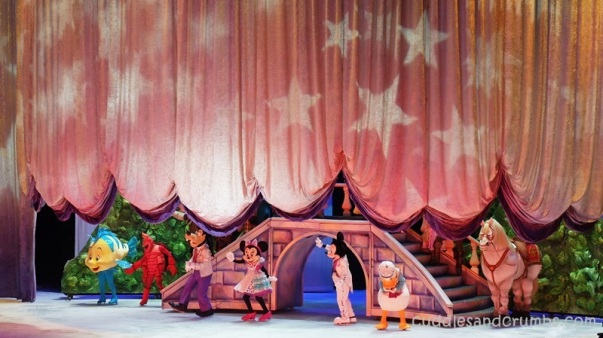 Disney on Ice Rockin' Ever After - The End