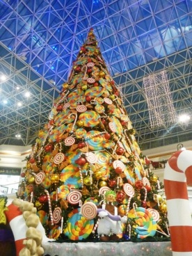 Candy themed tree at Wafi Mall
