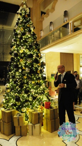 The H Dubai Christmas Tree, specially designed in collaboration with Rivoli.