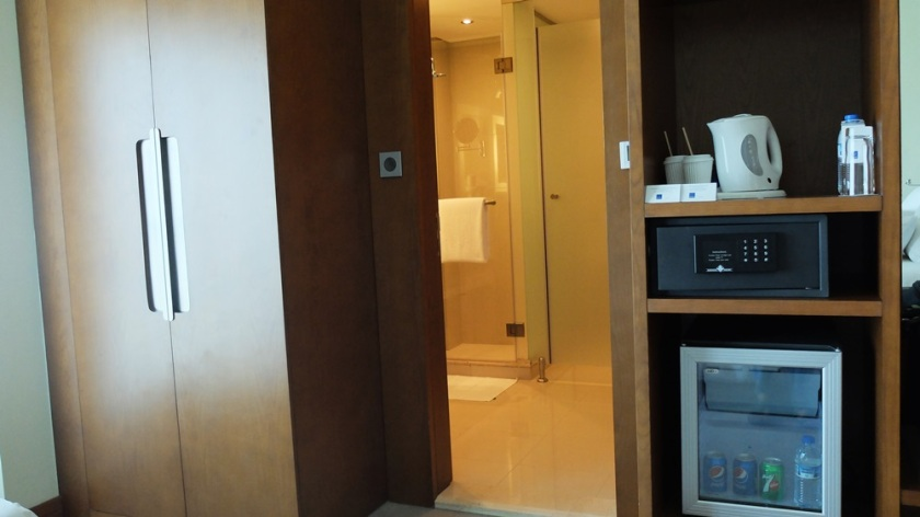 Novotel Fujairah Executive room - Cabinet & Refrigerator