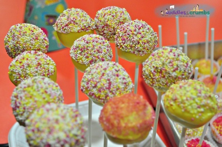 princess tiara cake pops