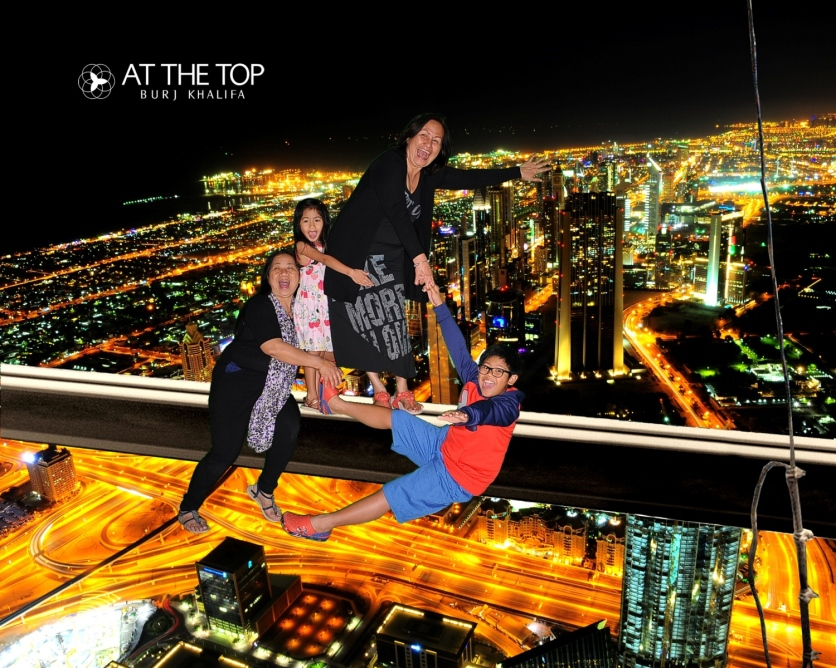 Burj Khalifa Souvenir Photo