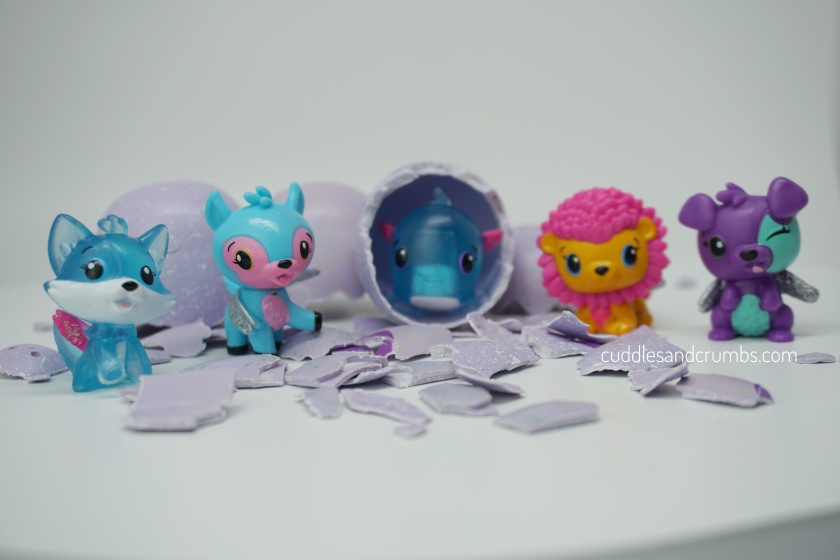 Hatchimals CollEGGtibles unboxing